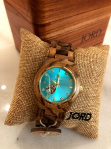 JORD Wooden Watches the ultimate holiday gift. JORD Cora series wooden watch. Full gift review. www.wavesandwillows.com